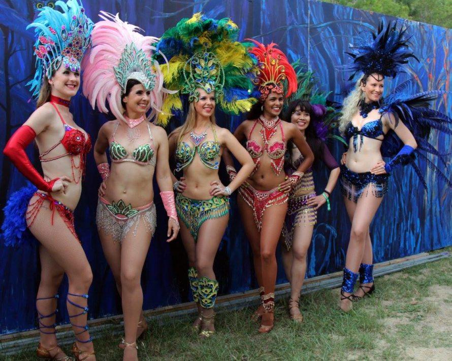 Rio Rhythmics Samba flash mob